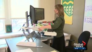 A closer look at the health impact of standing desks