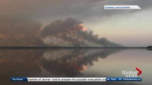 Northern Alberta hamlet told to prepare for possible wildfire evacuation (02:14)