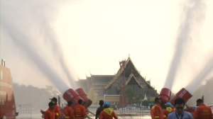 Bangkok uses water cannons to fight air pollution