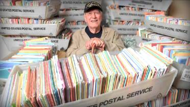 World War II Veteran Gets More Than 100K Birthday Cards After
