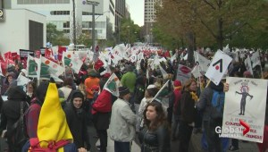 Quebec teachers demonstrate in Montreal