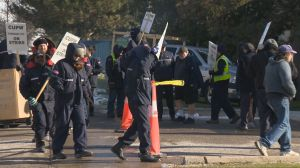 Shipping companies benefit from Canada Post workers strike