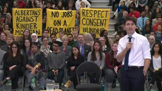 Justin Trudeau's town hall in Edmonton sees him field ...