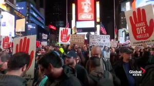 People protest in New York to keep Mueller investigation going