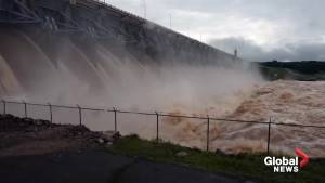 Outflow from Alabama's Keystone Dam caught on camera
