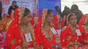Mass wedding for orphan girls held in India