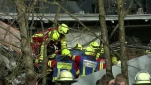 At least nine dead, 150 injured in German train collision (01:10)