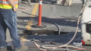 What's causing this strange Lougheed Highway sinkhole?