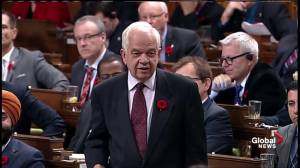 McCallum comes under fire over Alberta immigration centre relocation