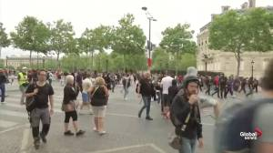 'Yellow Vest' protesters clash with police on Bastille Day