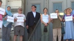 Alternative group takes on school board trustee race