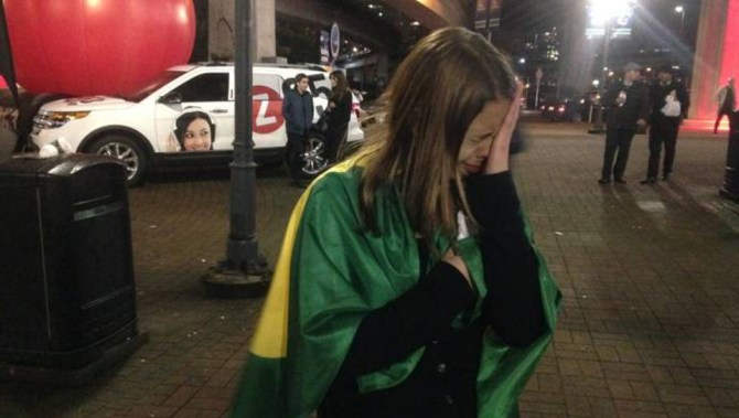 Happy ending for Brazilian girl caught in Justin Bieber ticket scam