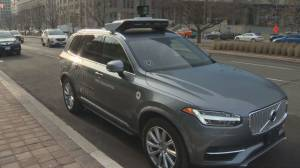 Uber back on Toronto roads, on manual mode