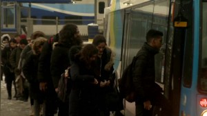 Frustrated commuters on Montreal's 105 bus