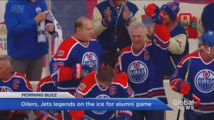Gretzky says he 'stinks' after Heritage Classic Alumni game