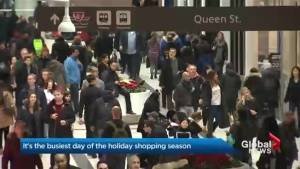 Malls to expect large crowds of last minute Christmas shoppers