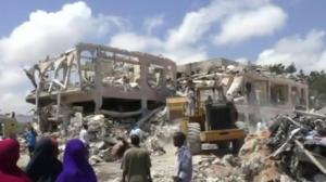 More than 300 dead, scores missing after Somalia truck bombing