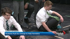 Making a Difference – Toronto students learning about youth homelessness through art activism
