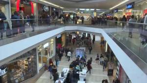 Kingstonians splurge in some Boxing day shopping