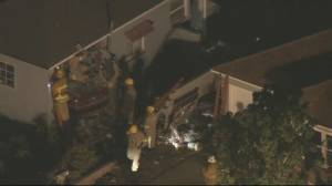 1 dead, 8 injured after car plows into house in Los Angeles (00:50)