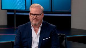 Jim Gaffigan Weighs In On 'Friends'/'Seinfeld' Debate