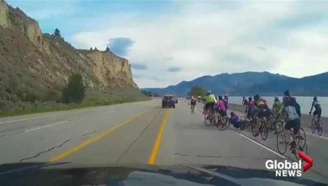 Video captures near miss as driver swerves to avoid cyclists during Okanagan race