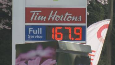 Gas prices hit new record highs in Metro Vancouver twice in one day