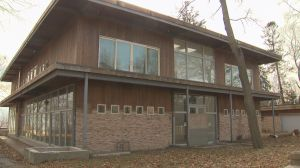 Scarborough Bluffs monster mansion sells for $3.45M