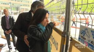 Montreal mayor tours Ste-Catherine Street construction