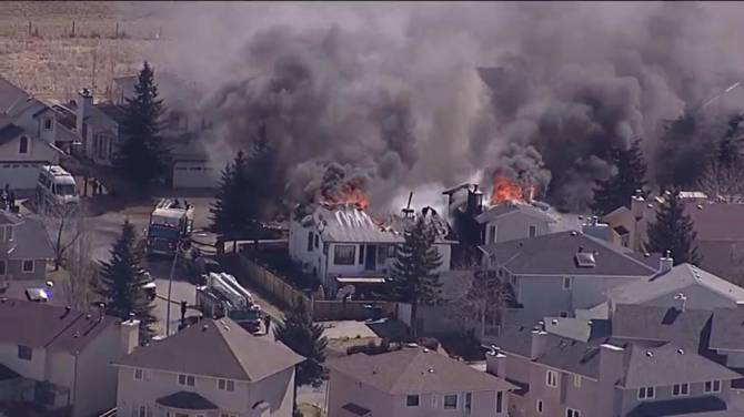 WATCH Global1 Captured This Footage Of Two Homes On Fire In Monterey Park