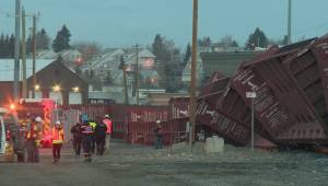 CP Rail apologizes for train derailment in southeast Calgary