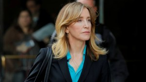 Felicity Huffman to plead guilty in admissions scandal