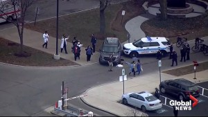 Gunman dead, 4 critically injured after shooting outside hospital in Chicago