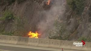 Fire crews battle blaze north of Horseshoe Bay