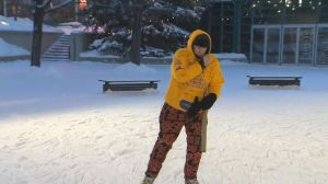 Ontario man skates for nearly 20 hours straight in Winnipeg