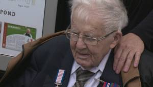 Pond honours WW2 veteran