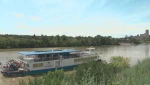 Edmonton Riverboat passengers rescued overnight by firefighters