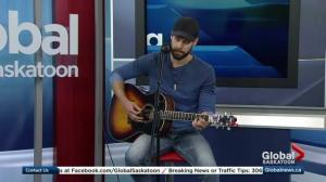 Chad Brownlee performs 'Big League'