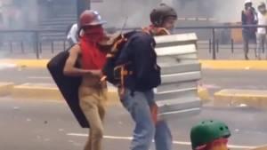 Violinist on the front lines of Venezuela's violent protests grabbing global attention