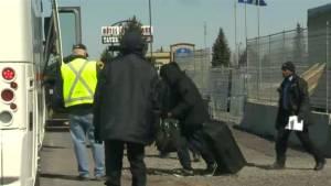 Pressure grows on Ottawa to address spike in asylum seekers