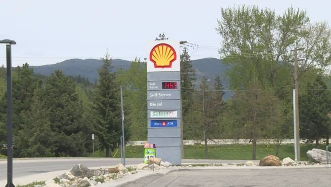 'Hopefully we see a change': Tourist town braces for summer of high gas prices