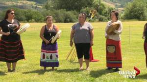 North Okanagan First Nation holds memorial for missing and murdered women (00:59)