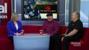 Wendel Clark in Saskatoon to kick off new addition to restaurant franchise