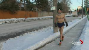 Toronto resident jogs shirtless during bitter winter cold