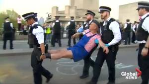 1,000 climate change activists arrested after 8 days of London protests