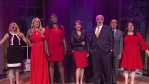 Tina Fey reprises Sarah Palin role as SNL looks at 'ghosts of White House's past'