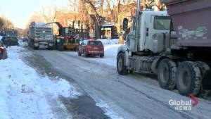 Montreal snow removal operations underway after intense winter storm (01:34)