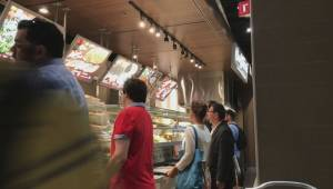 Montreal food court pizza war continues