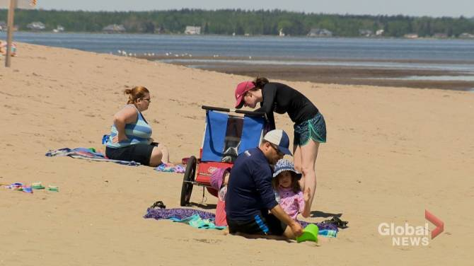 Parlee Beach water-monitoring changes remove automatic 'no swimming' advisories after rainfall