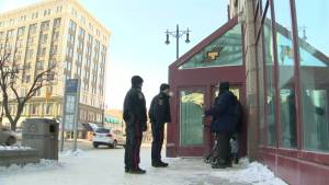 Winnipeg police hope foot patrol will improve downtown safety